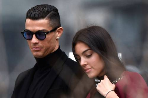Cristiano Ronaldo e Georgina Rodriguez a Madrid: ecco gli scatti della coppia 7