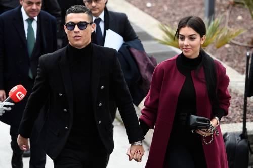 Cristiano Ronaldo e Georgina Rodriguez a Madrid: ecco gli scatti della coppia 9