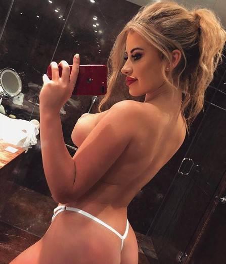 Chloe Ayling, le immagini più sexy 4