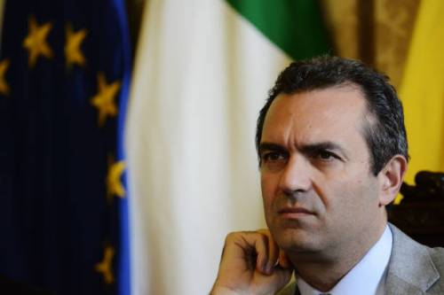 """Napoli, De Magistris: """"Faremo un referendum per la totale autonomia"""""""