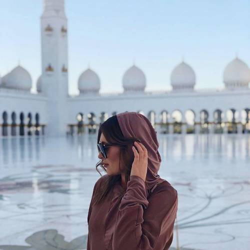 Lady Piatek incanta su Instagram: gli scatti della bella Paulina 11