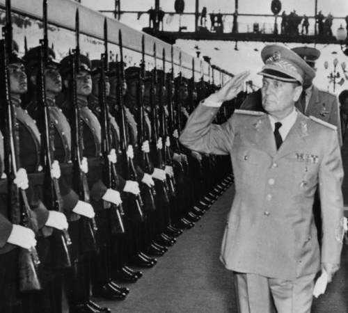 """Foibe, FdI rilancia: """"Dopo risoluzione di Strasburgo via le onorificenze a Tito"""""""