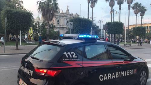 Pugni e morsi per farsi consegnare i soldi: prostituta massacrata