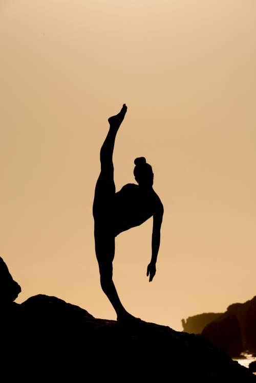 Nude Yoga Girl, quando la meditazione si fa sexy