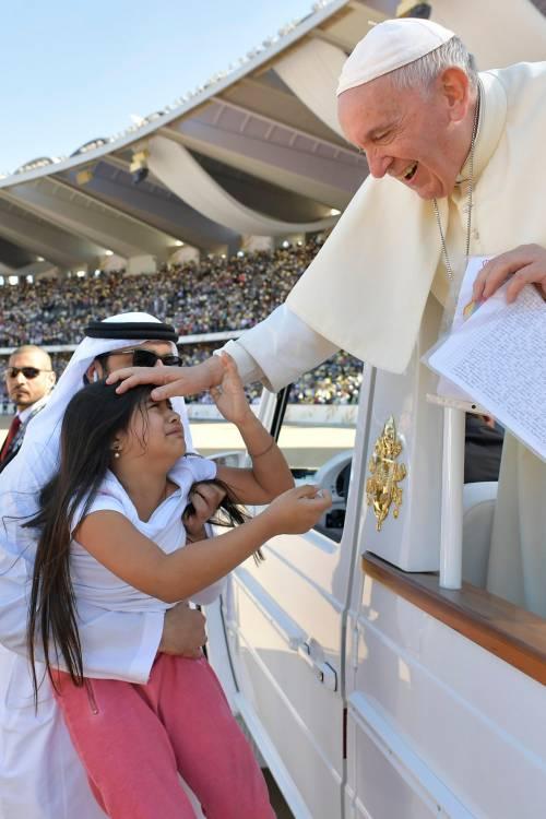 La Messa di papa Francesco negli Emirati 6