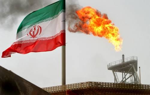 """L'Iran contro Italia e Grecia: """"Non acquistano il nostro petrolio"""""""