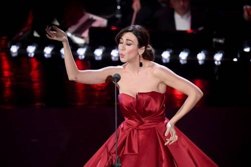 Sanremo 2019, i look della seconda serata 7