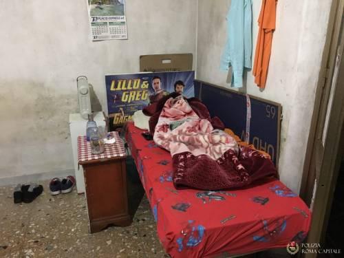 L'appartamento dei migranti tra muffa, blatte e odori cattivi 7
