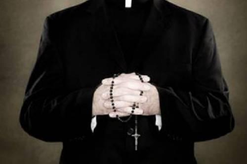 """Francia, Le Monde denuncia: """"Nunzio apostolico indagato per molestie sessuali"""""""