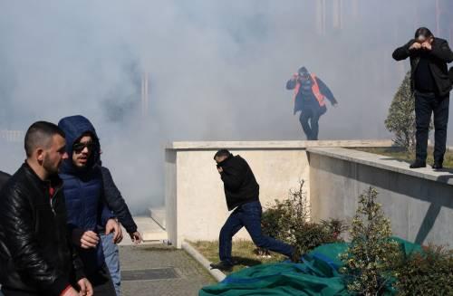 Proteste a Tirana contro il governo 3