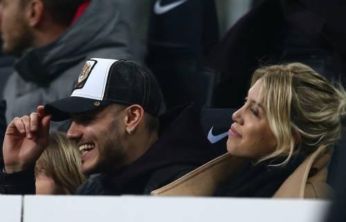 Inter-Sampdoria vista da Icardi e Wanda Nara: sorridenti e felici a bordo campo 4