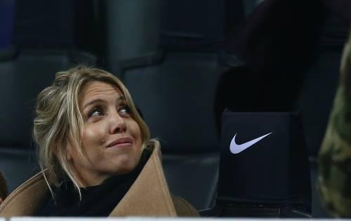 Inter-Sampdoria vista da Icardi e Wanda Nara: sorridenti e felici a bordo campo 5