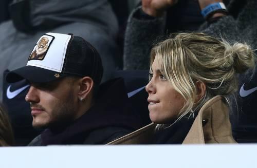 Inter-Sampdoria vista da Icardi e Wanda Nara: sorridenti e felici a bordo campo 6