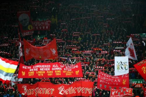 Liverpool, il tifoso vola in Germania per l'andata di Champions: ma si gioca ad Anfield