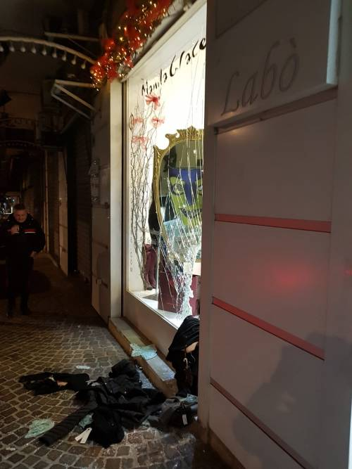 Napoli, l'emergenza criminalità dei Colli Aminei 8