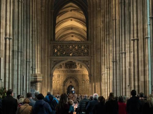 """Chiesa d'Inghilterra: """"La domenica non sarà più festa di precetto"""""""