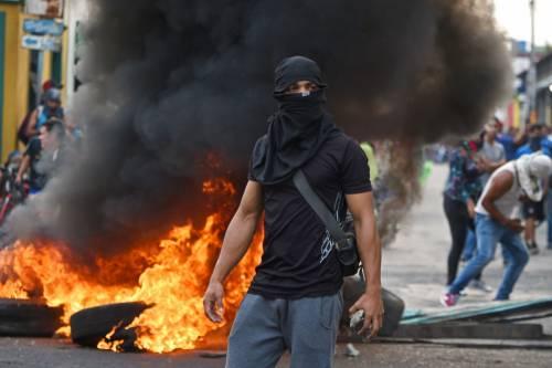 Scontri  al confine fra Venezuela e Colombia 4