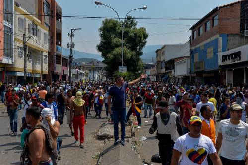 Scontri  al confine fra Venezuela e Colombia 5