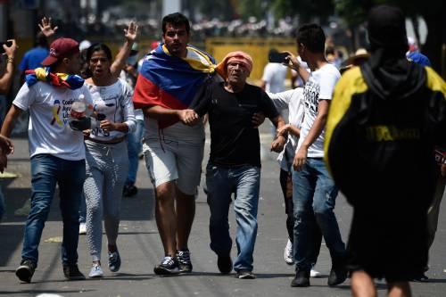 Scontri  al confine fra Venezuela e Colombia 6
