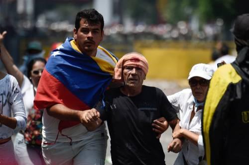 Scontri  al confine fra Venezuela e Colombia 10