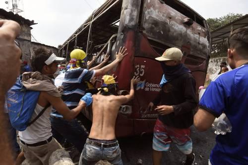 Scontri  al confine fra Venezuela e Colombia 2