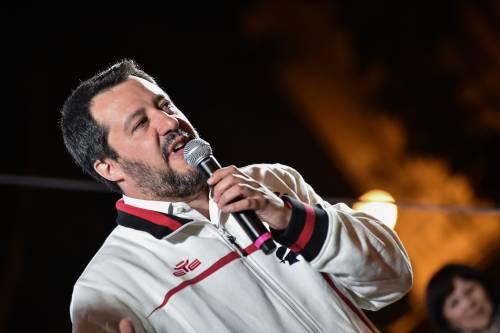 """Salvini riapre le case chiuse: """"Puliamo le strade"""""""