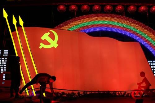 La Cina bandisce le superstizioni popolari. Al loro posto Marx e Lenin