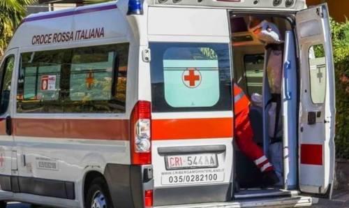 Reggio Calabria, dà fuoco all'ex moglie in auto