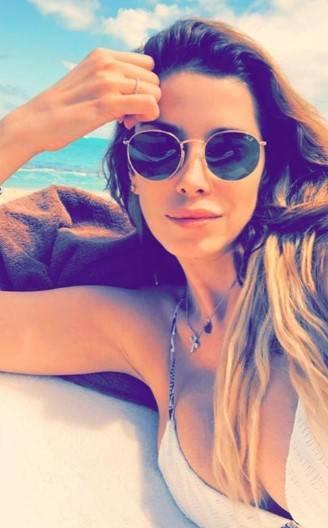 Aida Yespica, i selfie più sexy 8