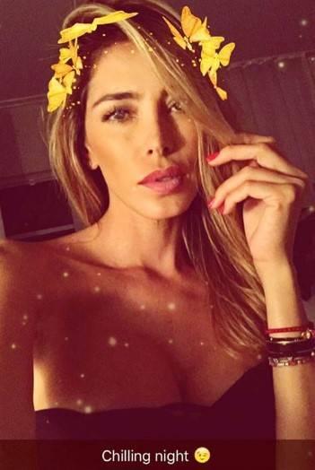 Aida Yespica, i selfie più sexy 6
