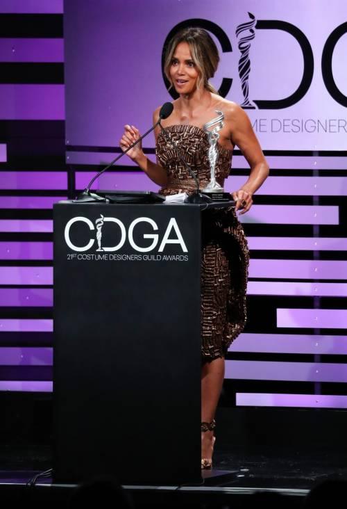 Halle Berry, le immagini più sexy 6