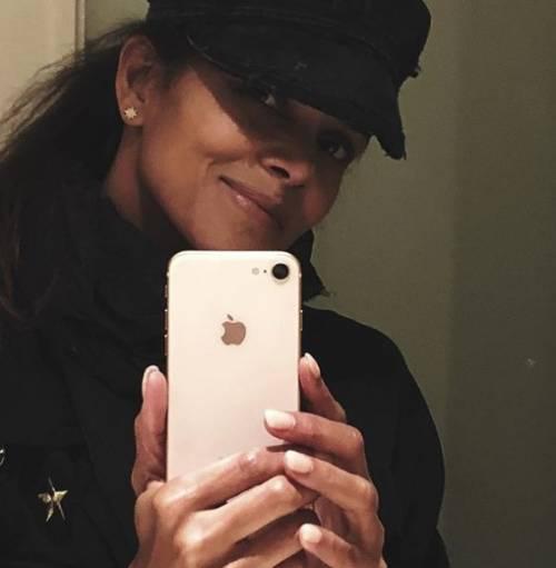 Halle Berry, le immagini più sexy 11