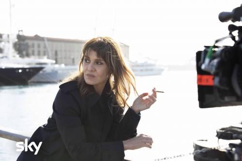 Paola Cortellesi, detective coraggiosa (ma solo per fiction)