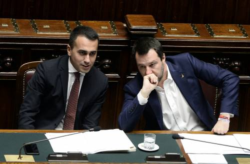 """""""Non voteremo il Salva Raggi"""". Resa dei conti nel governo Lega-M5S"""