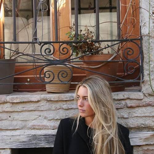 Daniela, quanto seguito su Instagram : gli scatti della figlia di Luis Figo 10