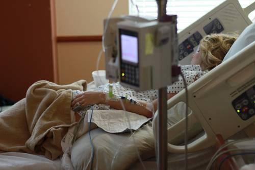Choc anafilattico dopo il sesso orale: donna in ospedale