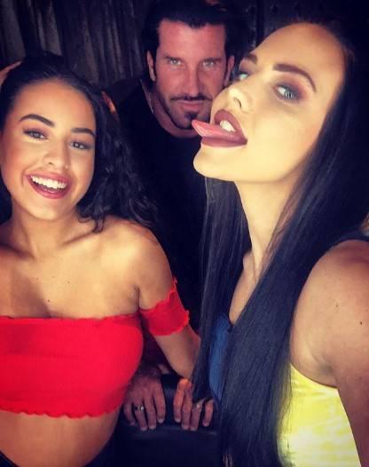 Travers Beynon: le ragazze sexy del magnate del tabacco 12