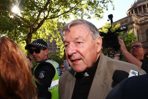 Il cardinal Pell condannato a sei anni di carcere