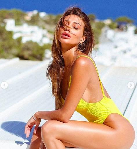 Cristina Buccino siparietti hot in vacanza alle Maldive 2