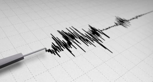Notte di paura a Napoli, registrate 34 scosse di terremoto