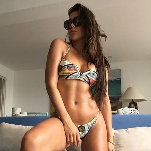 Alexandra Mendez spopola su Instagram: gli scatti della sexy venezuelana 8