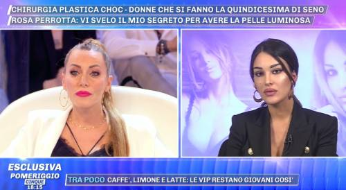 """Pomeriggio 5, lite Karina Cascella e Rosa Perrotta: """"Il bimbo avrà il tuo naso naturale"""""""