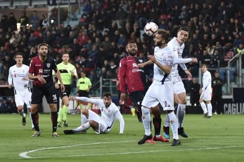 Il Cagliari spegne la Fiorentina: i sardi si impongono 2-1