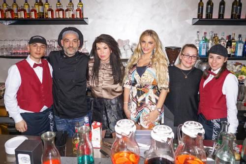 Francesca Cipriani show nel ristorante siciliano 3