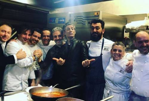 Beppe Fiorello, festa a sorpresa per i suoi 50 anni