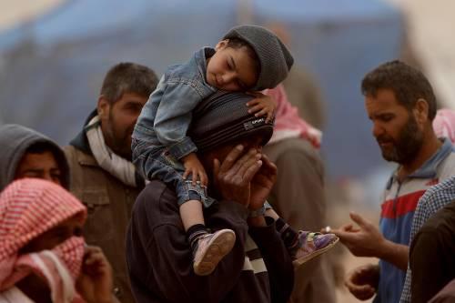 I soldi del brano anti-islam ai migranti siriani in Germania