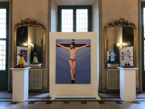 Mostra sul Cristo leopardato e lgbt: a Massa saltano vicesindaco e assessore