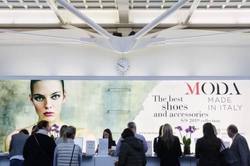 Le scarpe made in Italy fanno camminare i tedeschi: 140 brand a Monaco
