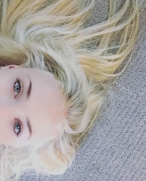 Sophie Turner, le foto su Instagram 10
