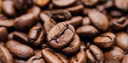 """Quella """"tazzulella"""" di caffè è (quasi) la misura del mondo"""